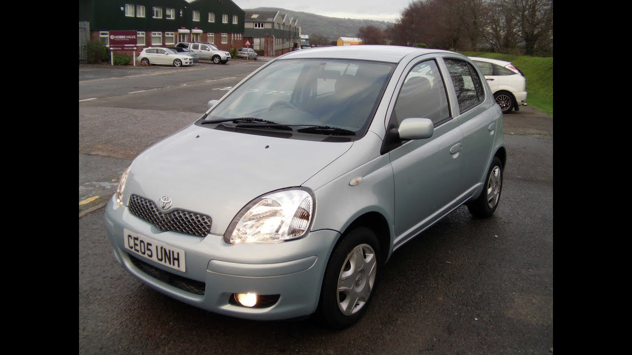 2005 toyota yaris 1 0 blue 49k fsh 3 695 youtube