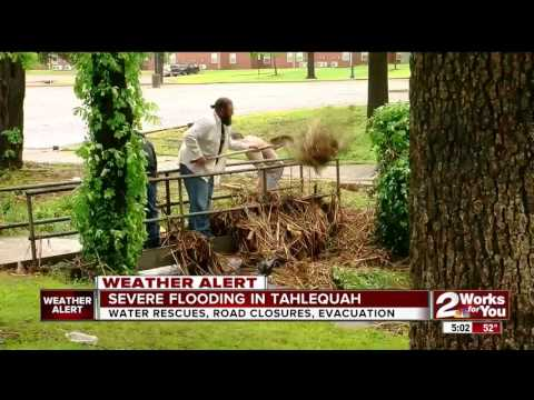 Severe flooding hits areas along Illinois River