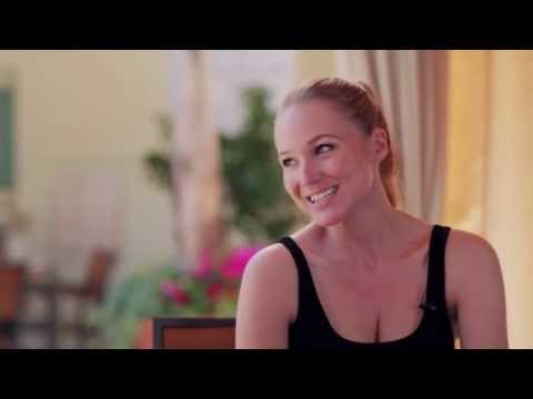 Jewel Tells SheKnows About Ranch Life & Family - Girl Crush