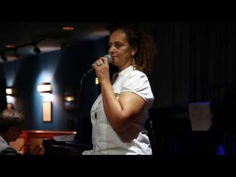 EV3A6300 Patricia Walton at The Trumpets Jazz Club 10062013