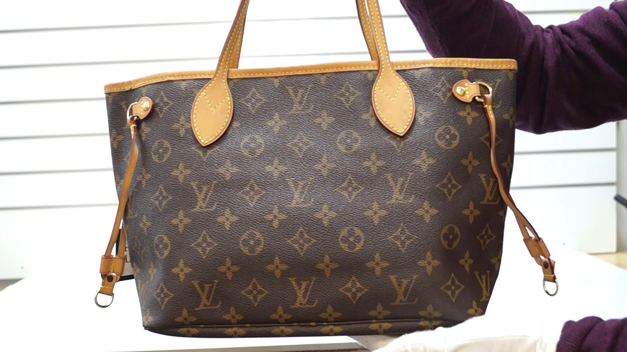 ce970b9d7 LOUIS VUITTON Neverfull PM Monogram Canvas Tote Bag CC532 - YouTube