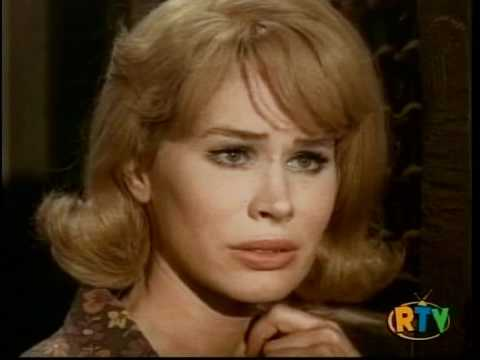 Karen Black  incredible seduction
