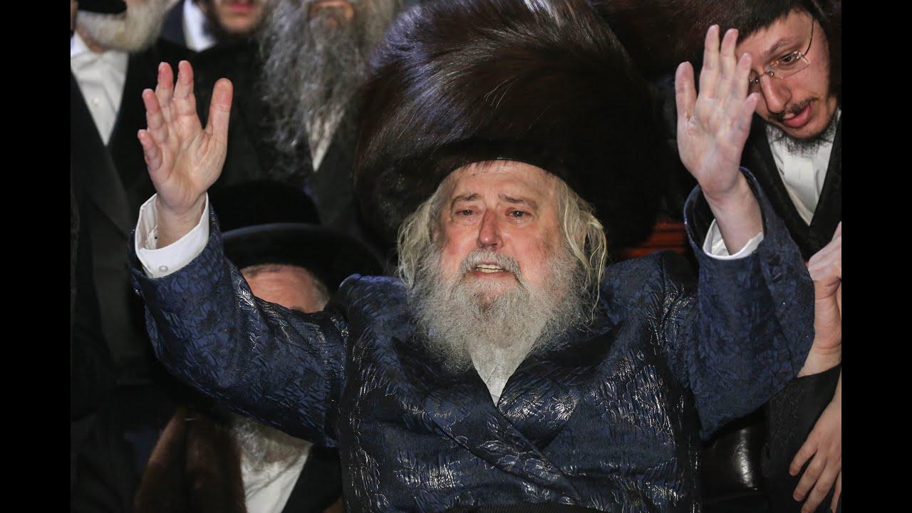 """האדמו""""ר ממונקטש מבעיר את מירון! - The Munkacs Rebbe In Meron"""