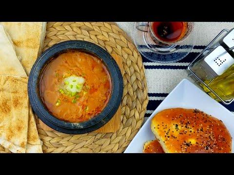 الذي يحب أن يتعرف على طريقة عمل فول المطاعم اليمني يتفضل يشوف الفيديو Yemeni Fava Beans