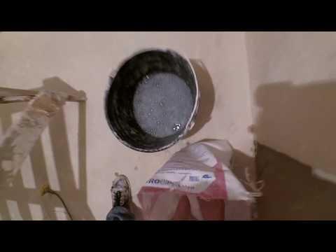 Как размешать шпаклевку без миксера видео