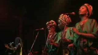 Bob Marley & The Wailers - I Shot The Sheriff (Live At The Rainbow Theatre, London / 1977)