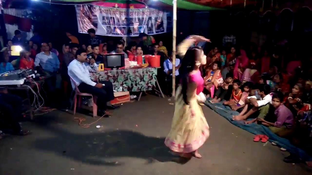 সেক্সি মেয়ের নাচ দেখে মাথা নষ্ট। bangla new dance 2018, by mess fun