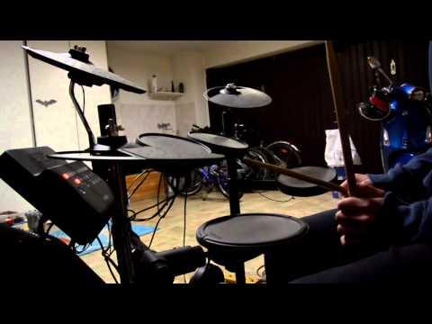 //lezione 1// ritmo di base per batteria