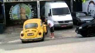 fusca do Ari doido (2).mp4