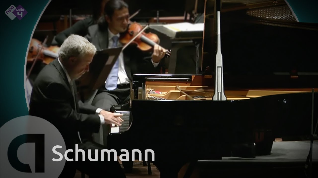 Schumann: Pianoconcert - Nelson Freire, piano Live Concert HD