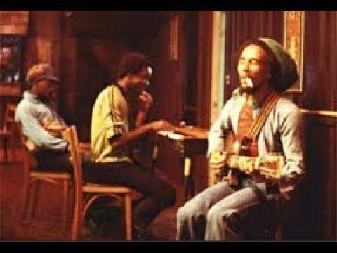 Redemption Song - BOB MARLEY & The Wailers  (ALTERNATE VERSION 1) ESPAÑOL Subtitle