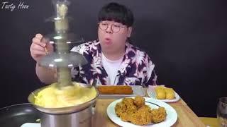Korean Guy loaded cheese in chocolate fountain machine ????
