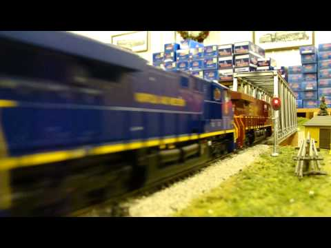 10/6/13 HD: My HO Scale NS 8104, NS 8103, & NS 8099 leads an intermodal train