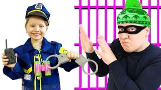 Милли как полицейский ловит воришку нарушителя