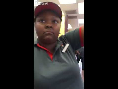 WATCH: Subway employee threatens customers with large kitchen knife