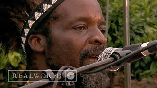 Chartwell Dutiro - Taireva (live at Africa Calling)