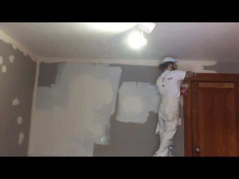 priming-an-oil-painted-wall--oil-or-acrylic?