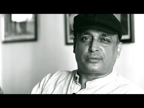 Sarfaroshi Ki Tamanna - Bangalore Poetry Festival Piyush Mishra