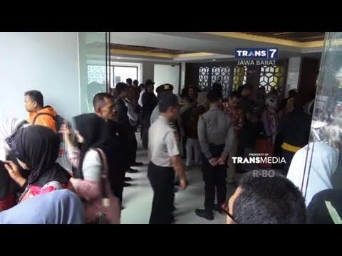Bos PT SBL Pamer 2 Mobil Mewah; Dugaan Penipuan Umrah.