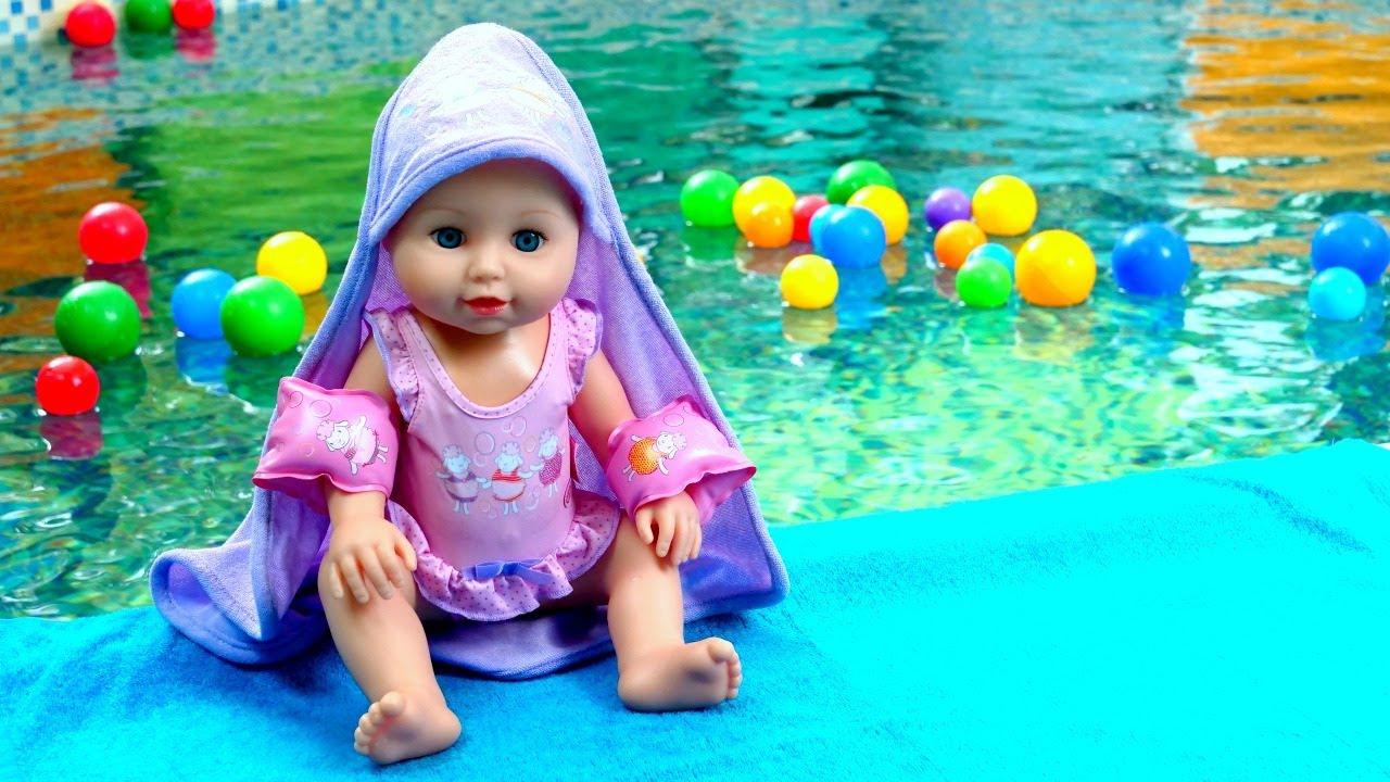 Download Baby Annabell nukke uima-altaalla. Baby born nuket ja lelut. Leluvideoita lapsille.