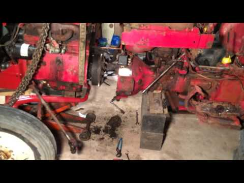 Splitting the IH 240 tractor