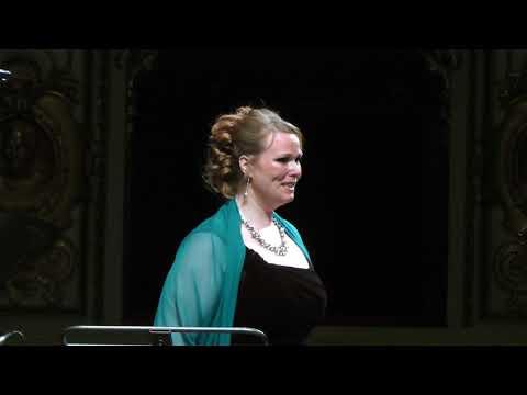 "Jessica Pratt - ""Oh luce di quest' anima""; Linda de Chamounix, Donizetti   Oct 30, 2015"