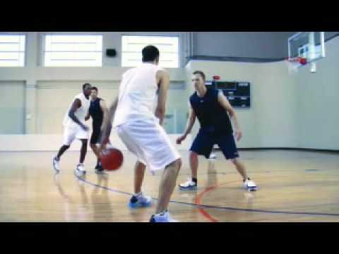 Manu Ginóbili vuelve a hacer historia: una jugada suya fue elegida como la mejor de la historia de la NBA