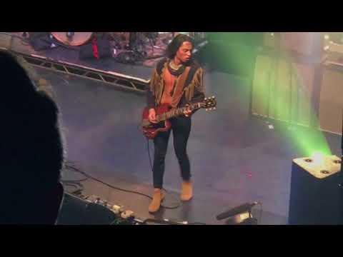 "Greta Van Fleet incredible guitar solo — ""Edge of Darkness"" — Jake Kiszka"