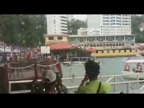 Strong  wind  at Kota-kinabalu  Sabah  Malaysia