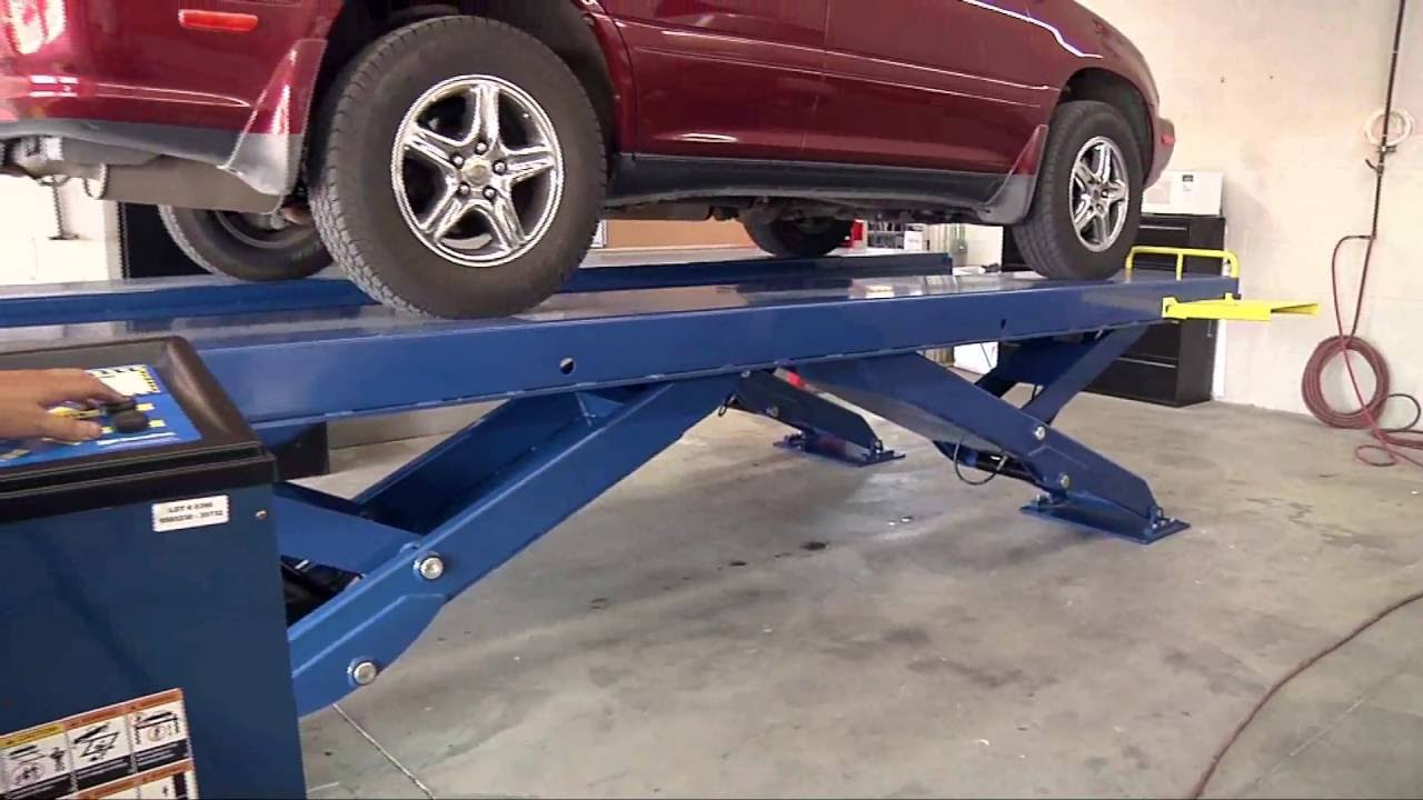 Scissor Car Lift From Bendpak Xr 12000 Quatra Automotive
