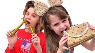 The story of Eva, mom and children Chocolate surprise and toys. Pretend play sweets
