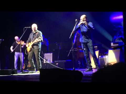 Mark Knopfler - On Every Street - Speedway at Nazareth (North Charleston, SC - October 25, 2015)