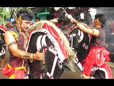 HORSE Trance DANCE Show - JATHILAN Melati Pakem Sleman - Kuda Lumping Kesurupan [HD]