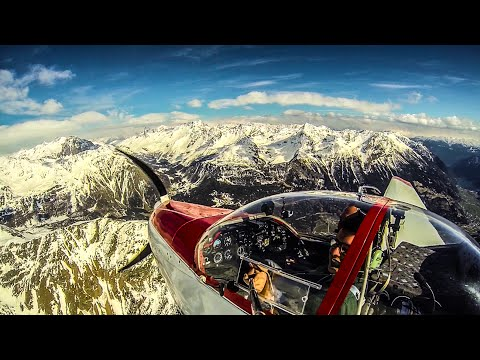 Amazing VFR Mountain Flying (Italian Alps) - must see !