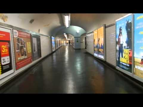 Paris - Metro at Station Nation. Transfer between line 2 and line 9 2014 08 11
