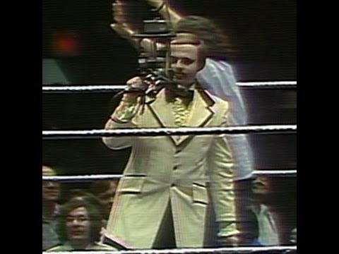 Howard Finkel makes his WWE debut in Madison Square Garden