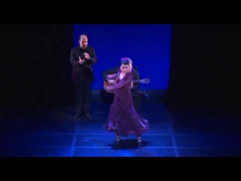 Junko Hagiwara ¨La Yunko¨ Siguiriya en ¨EL JAMON SOLO TIENE QUE PONERSE EN EL PLATO¨ 2013