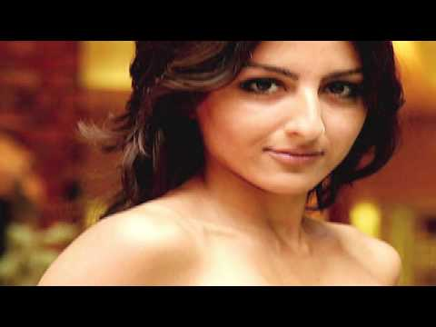 soha ali khan hot mms
