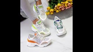 Ультра модные белые женские кроссовки на утолщенной подошве с яркими вставками Код 10160 10162
