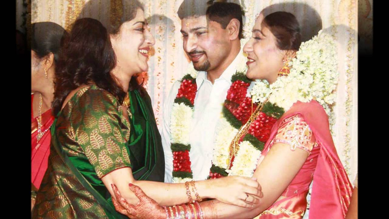 Samyuktha Varma Family Photos swetha mohan wedding