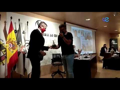 FFCE aprueba los puntos de la Asamblea y distingue a Luhay Hamido y Sergio Ramos