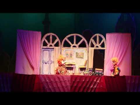 Малыш и Карлсон Всеми любимые герои известной сказки Астрид Линдгрен