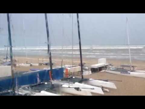 Mini tsunami on European coast. Zuid-Holland