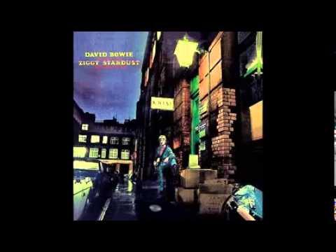 David Bowie - Ziggy Stardust (Best Albums Of 1972 #1)