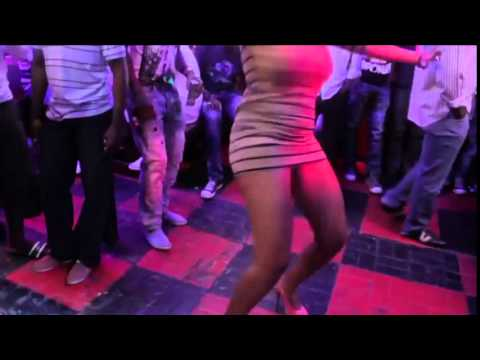 South African Lady Dancing on House Music SA