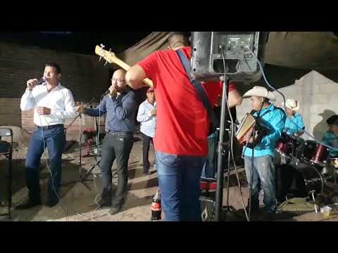 Tragos amargos - Toño Macedo, Elber Tentory con Mario Villa y su Cosecha del Norte