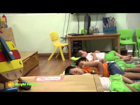 Official Video 1 - M?m non Th?n ??ng - Bright School Hà N?i 2013