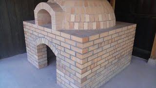 ドーム型の石窯をつくってみた。