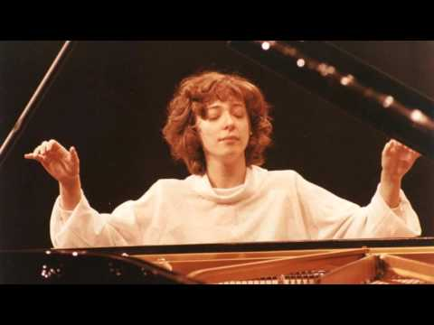 Anna Malikova – Waltz in A flat major, Op. 42 (1990)