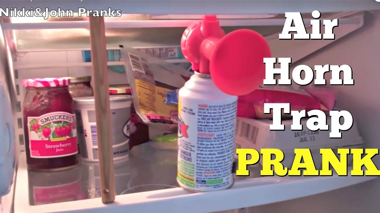 Air Horn Trap Prank On Boyfriend & Air Horn Trap Prank On Boyfriend - YouTube